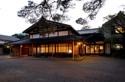 髙志の宿 髙島屋